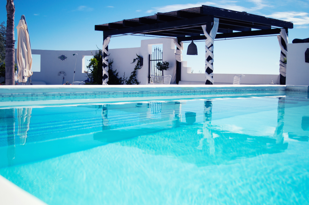 champagne-attitude-Spain-holiday-Andalusia-CasaMiranda-Pool